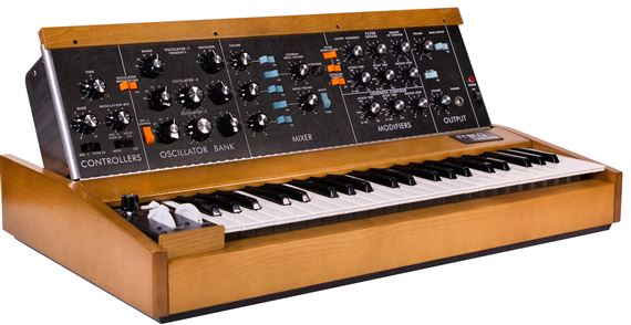 Moog Minimoog Model D Analog Synthesizer Reissue