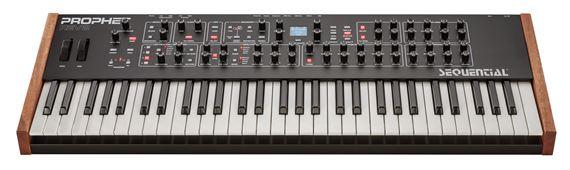 Dave Smith Instruments Prophet Rev 2 8Voice Analog Synthesizer