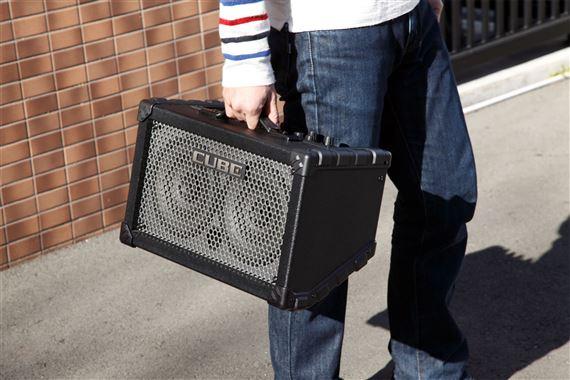 roland cube street guitar amplifier. Black Bedroom Furniture Sets. Home Design Ideas