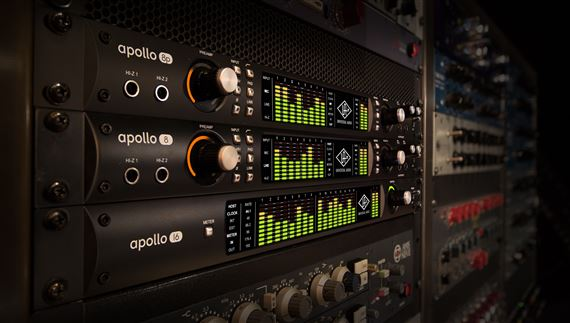 universal audio apollo 8 quad audio interface. Black Bedroom Furniture Sets. Home Design Ideas