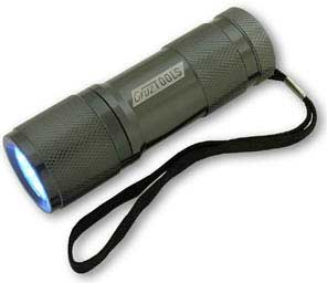 CruzTOOLS SuperBright 9 LED Flashlight