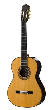 Ramirez 1NE Classical Acoustic Guitar with Case