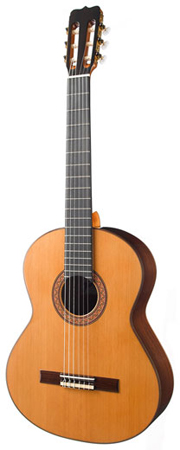Ramirez R1 Classical Acoustic Guitar with Case