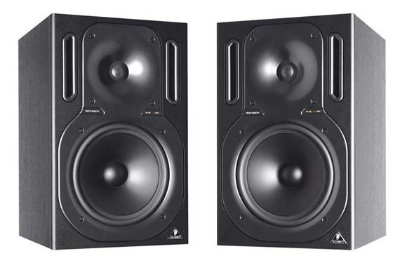 Behringer Truth B2031A Powered Studio Monitors