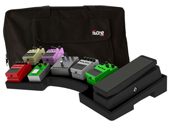 Gator G-MegaBone Pedal Board with Power Supply and Carry Bag
