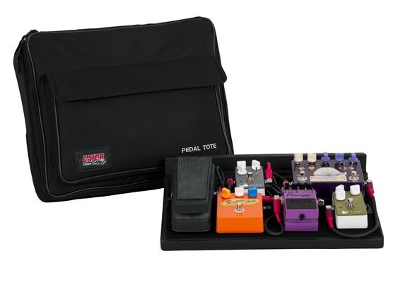Gator Pedal Board with Power Supply and Carry Bag