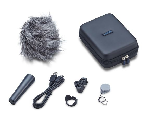 Zoom Q2n Accessory Package