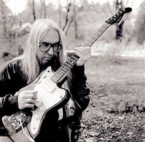 J Mascis and his Jazzmaster